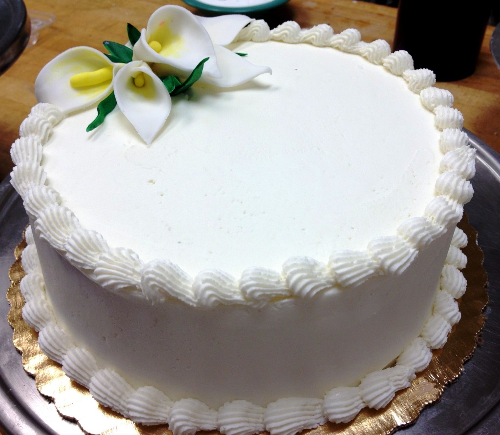White Chantilly Cake